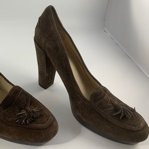 WOMEN'S HEELED LOAFER 10B brown suede NATURALIZER